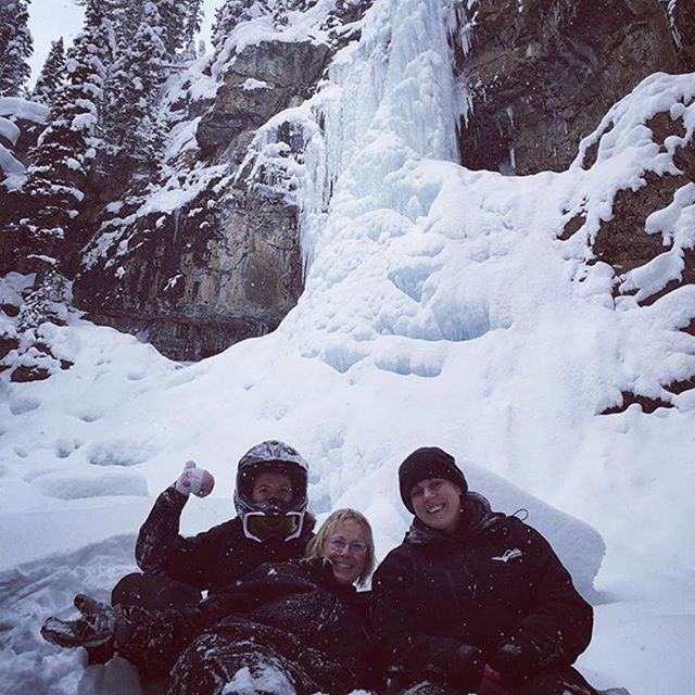 #Repost @cpeters1982 with @repostapp ・・・ Took a little trek up to a waterfall well on our snowmobile tour, myself and the other lovely ladies in our group 😊🌲☃️ #purcellmountains #panoramamountainvillage #panoramabc #tobycreek #tobycreekadventures #snowmobiletours @tobycreekadv