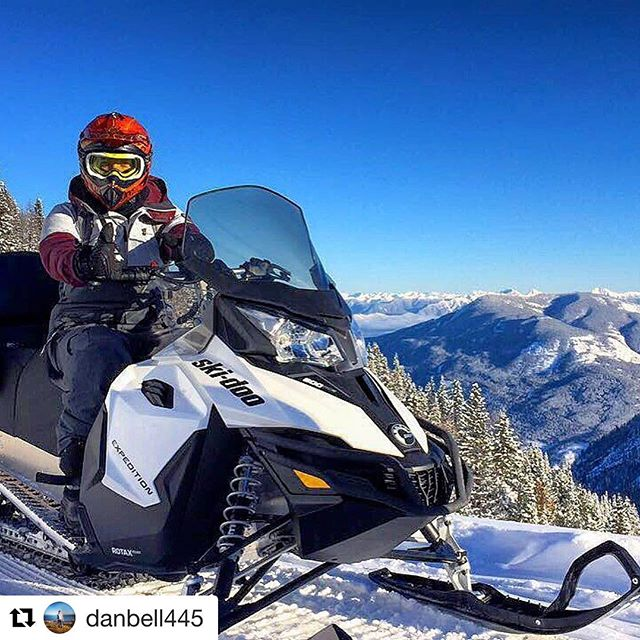 #Repost @danbell445 with @repostapp ・・・ Mad fun in Invermere yesterday thanks to @tobycreekadv #explorebc #travelalberta #banff #snowmobile #fun #invermere #bluebird #travel #explore #neverstopexploring #snow #sports #winter #winterwonderland #cold #sky #skyporn #lifestyle #lifeisgood #canada #britishcolumbia #bc #mountains #panorama #ski #snowboarding #beautifulbc