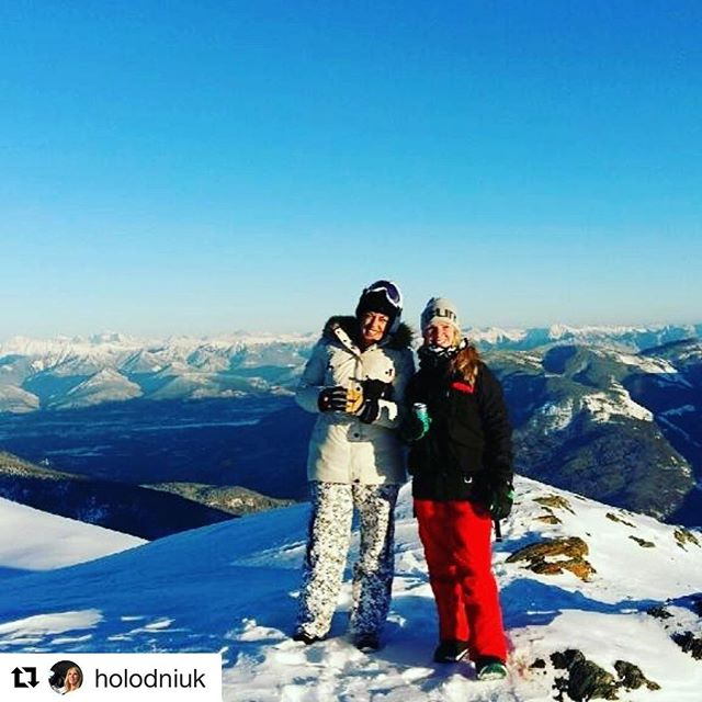 #Repost @holodniuk with @repostapp ・・・ Bluebird day!!!! Toby creek!!