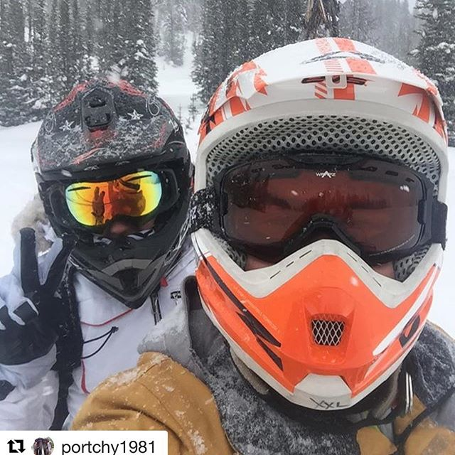 Instagram repost @portchy1981 ・・・ Me an the mrs at Toby creek paradise basin 8000 ft up on the snow mobile #snow #helmet #paradisebasin #tobycreek @tobycreekadv #tobycreekadventures #snowmobile #amazing #canada #forest #partnerincrime #cold #banff #alberta