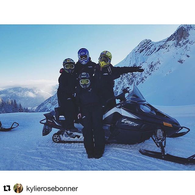 Guest Services Team at yah finest 👌🏼🔥#purecanada #panorama #snowmobiling  Instagram repost from @kylierosebonner