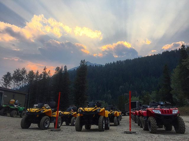 Pretty nice #sunset this evening at #tobycreekadventures #PanoramaBC