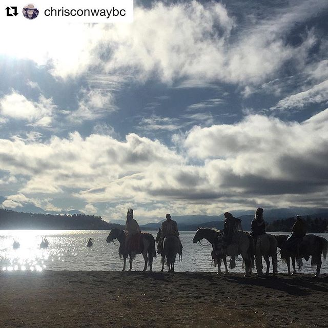 #Repost from @chrisconwaybc ・・・ Riders welcoming paddlers ashore at the …