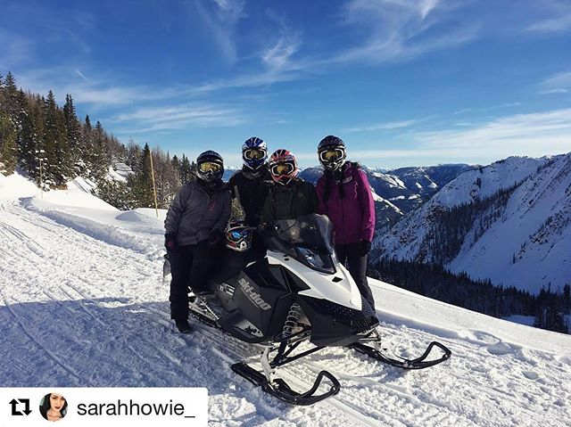 REPOST: @sarahhowie_ ・・・ What a bloody great day 🌞❄️ #snowmobiling …