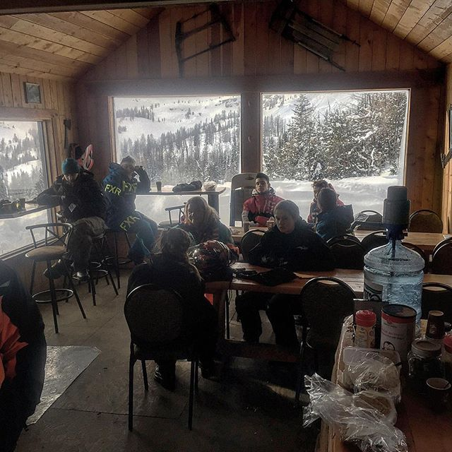 A #HotChocolate stop at the #ParadiseCabin to get warmed up and take a break during today's #ParadiseBasin full day #snowmobiletour. . #tobycreekadventures #panoramabc #purecanada #canadianrockies #banff #canada