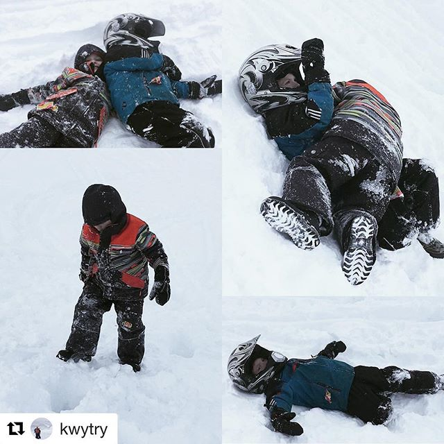 #Repost @kwytry ・・・ Taking a break from the ride. #cousins …