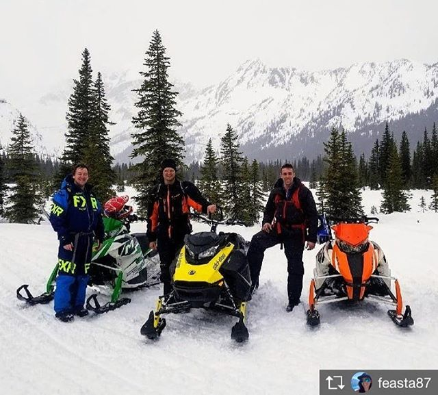 Repost from @feasta87  POWder X tour for your birthday.. not a bad present I'd say!! Thanks for showing him an epic time Mark ???? @tobycreekadv #snowmobiletours #tobycreekadventures #panoramabc