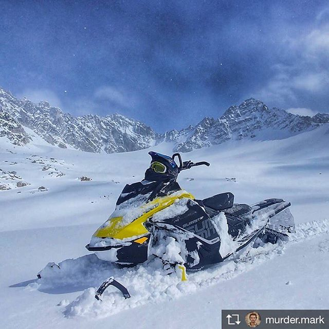 Repost from @murder.mark Blank canvas  @tobycreekadv #summit #mountains #alpine …
