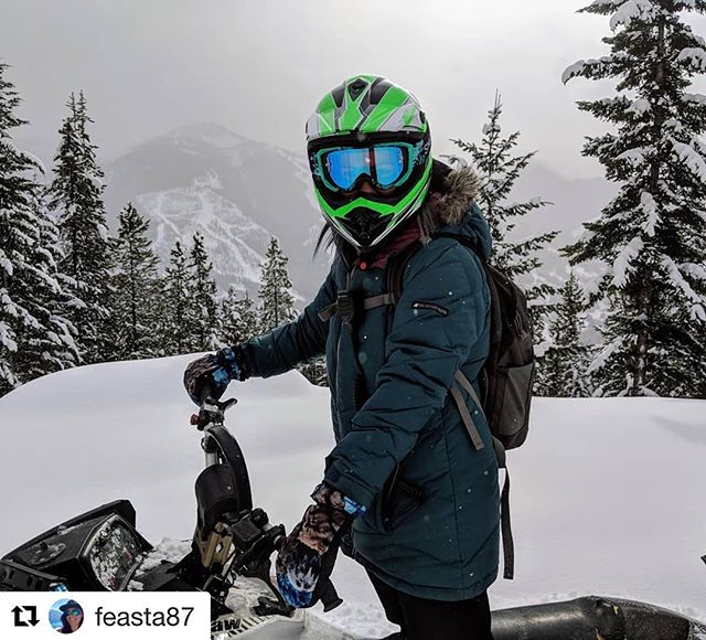 #Repost from @feasta87 ・・・ When you find so much snow …
