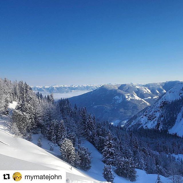 #Repost @mymatejohn with @repostapp ・・・ Views #snowmobiling  #tobycreekadventures #panoramamountain …