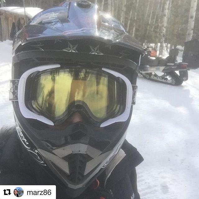 #Repost from @marz86 ・・・ Día de #Snowmobile con @abgar86 festejandl@#cumpleaños …
