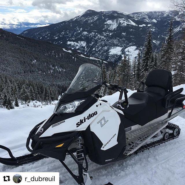 #Repost @r_dubreuil ・・・ Little rip up the mountain????????❄️ .. #tobycreekadventures#daytrip#mountainriding#skidoo#4stroke#snowmobilingislife#slednecks#sledporn#britishcolumbia#views#panarama