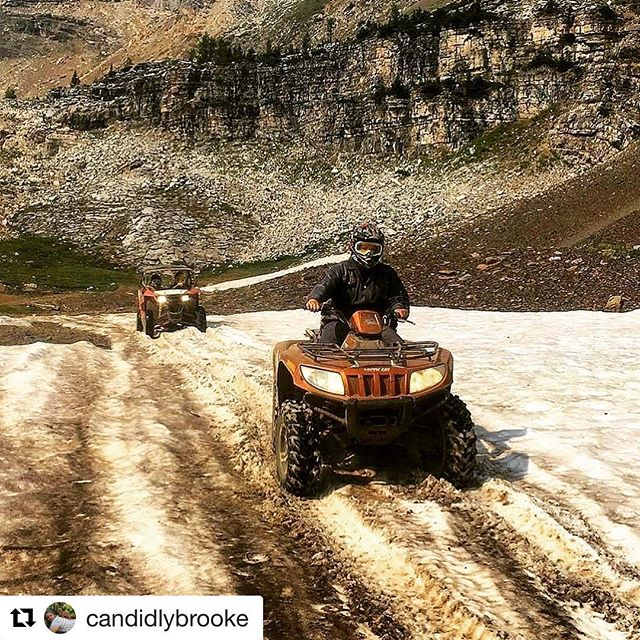 #Repost @candidlybrooke ・・・ We made it 8,000 feet up the mountains today, got more dusty than we've ever been, and played in the snow in the middle of august ????????#tobycreekadventures