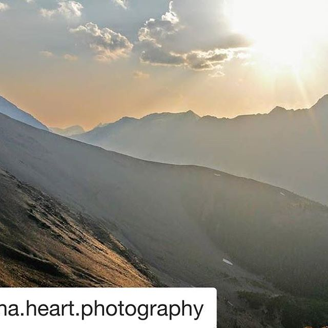 #Repost @hana.heart.photography ・・・ Watching the sunset at 10,000 feet ❤ With the sun at this angle and the smoke from nearby wildfires, the colours around us were muted but still so warm.  A humbling and grounding moment. To be in awe of the beauty, feeling so big and connected to what's around us. And simultaneously to feel so far away and small in such a big space. Thanks to @tobycreekadv for the great ride ???? #yegphotographer #landscape #landscapephotographer #mountains #canada #canada150 #bc #explorecanada #nature #picoftheday #instagood #sunset #sky #naturelovers