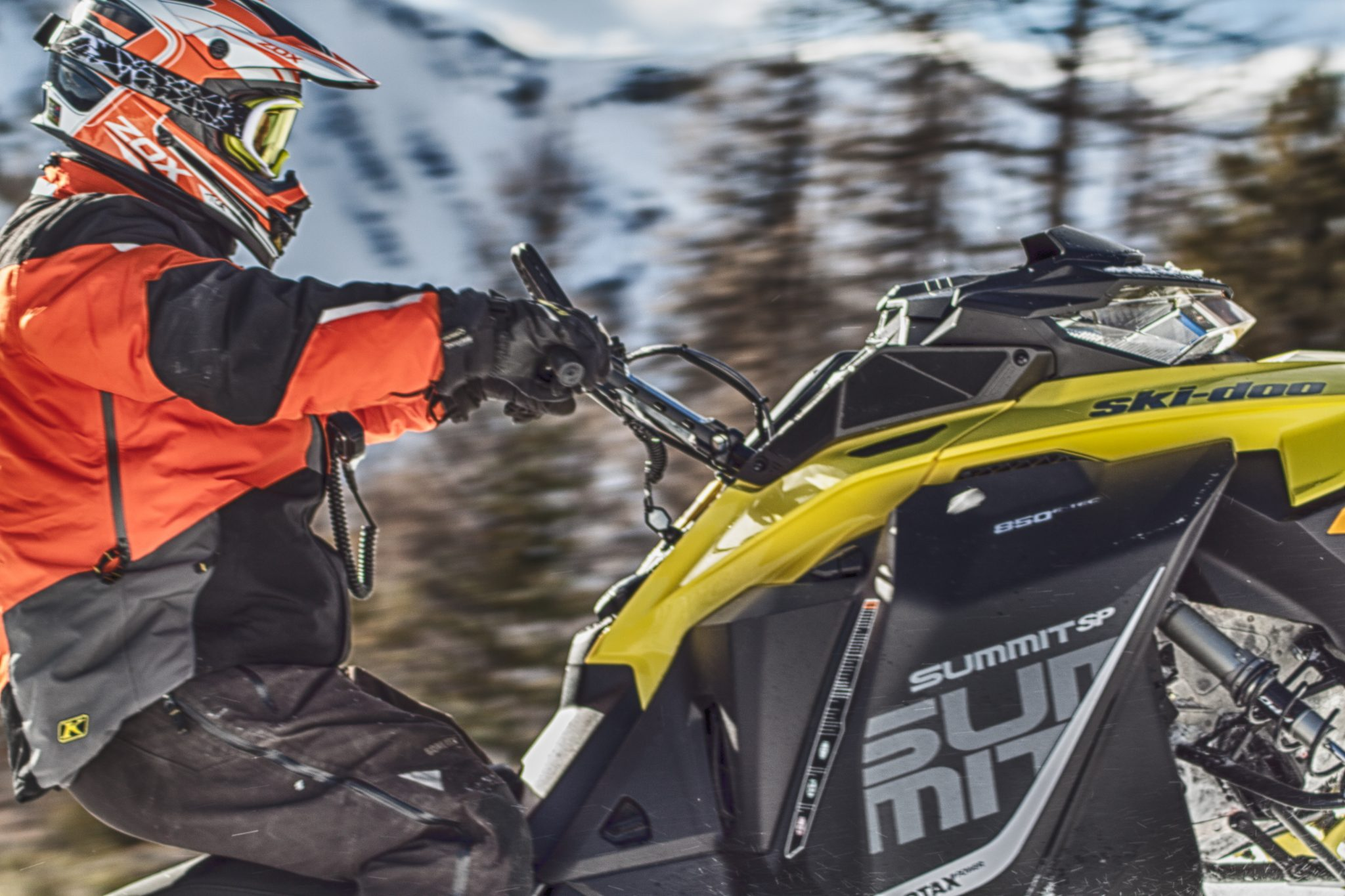 New Ski-Doo Summit SP 850 cc Mountain Sleds