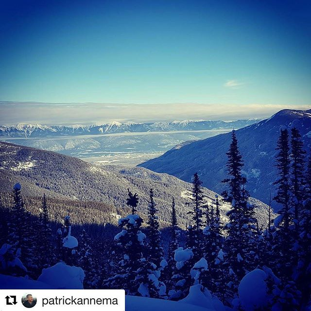 #Repost @patrickannema ・・・ Awesome view from the rocky mountains Canada