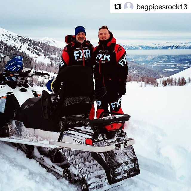 #Repost @bagpipesrock13 ・・・ Great day snowmobiling in BC, so fast, so fun, climbed to over 8,000 ft! #snowmobile #familytime #winterbreak #tobycreekadventures