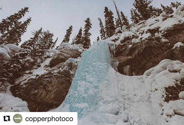 #Repost @copperphotoco ・・・ been on a ski vacation in banff, alberta for a few days and it. is. awesome. here's smith falls - it was the most awesome detour from our snowmobile tour with gord and @tobycreekadv!