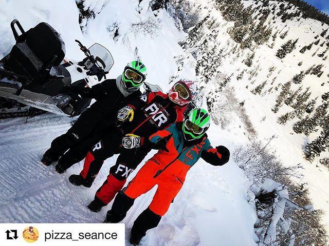 #Repost @pizza_seance ・・・ British Columbia Fashion Week 2017 #tobycreekadventures #bc …
