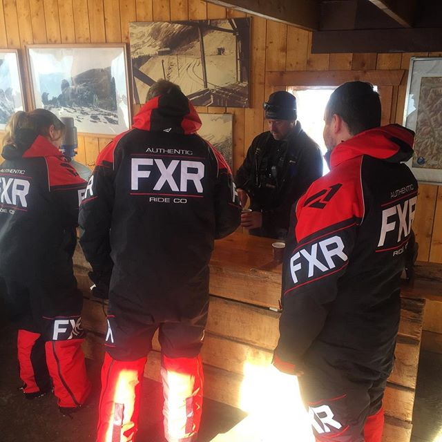 Hot Chocolate time at #ParadiseCabin #tobycreekadventures #snowmobiletours #canadianrockies #banff #banffnationalpark #fxr @fxrmoto