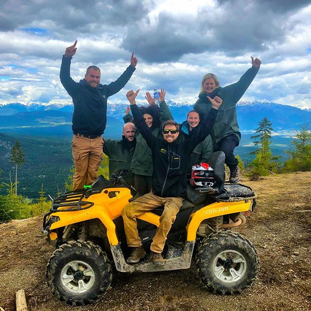 WE ARE OPEN!! First #ATVtour of #Summer2018. Thanks very much to these fine folks from #Italy #Michigan and #Twickenham, #England for joining us this afternoon for an excellent inaugural #Purcell Benches #ATV tour with an incredible view of the #CanadianRockies! #tobycreekadventures  #panoramabc #banff #invermere