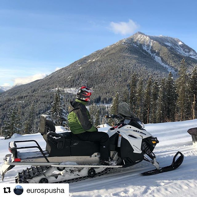 #Repost from @eurospusha ・・・ This was so dope I had to post twice!  s/o to the awesome people @tobycreekadv for the best snowmobiling adventure in Western Canada!