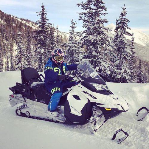 #Repost from @niklasrossmann ・・・ #tobycreekadventures #oneofthosedays #snowmobile #imlovinit