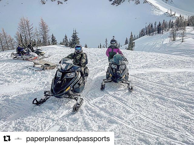 #Repost from @paperplanesandpassports ・・・ 🇨🇦 What do you do on …