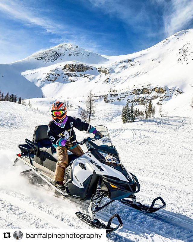 #Repost from @banffalpinephotography ・・・ Living up to its name: Paradise Bowl. . . . . #snowmobiling #snow #snowmobile #snowboarding #winter #sledding #skidoo #arcticcat #polaris #adventure #sled #mountains #snowmobiles #yamaha #snowmobiler #nature #winterwonderland #cold #explore #outdoors #getoutside #powder #snowday #snowmobilefun #stroke #canada #tobycreekadventures