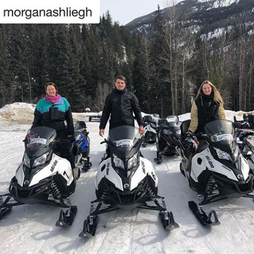 #Repost from @morganashliegh ・・・ Couple of regular snow gangsters ???????? …