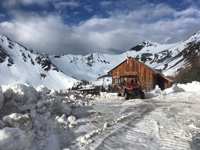 We are through to the cabin. Still LOTS of snow at 8000'. Come check it out. . Our regular Paradise tours start early June and run all summer to October. Springtime Purcell Benches trips end next week - last chance until next spring. Book online 24/7 . . #tobycreekadventures #destinationmarketing #panoramamountainresort #beautifuldestinations #banff #canmore #canadianrockies #canadianrockies???????? #invermere #radiumhotsprings