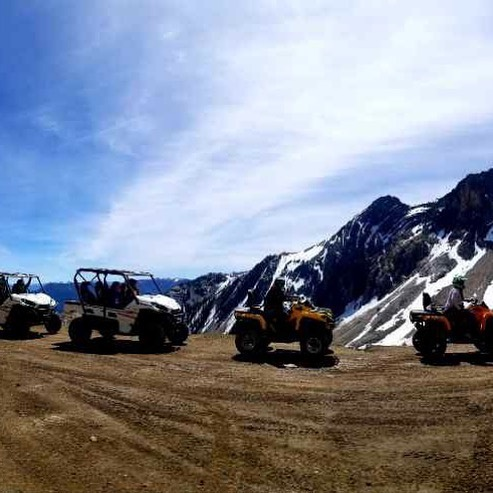 A beauty day at the Paradise Cabin for this group of #ATV adventurers! Swipe left for pano. #tobycreekadventures