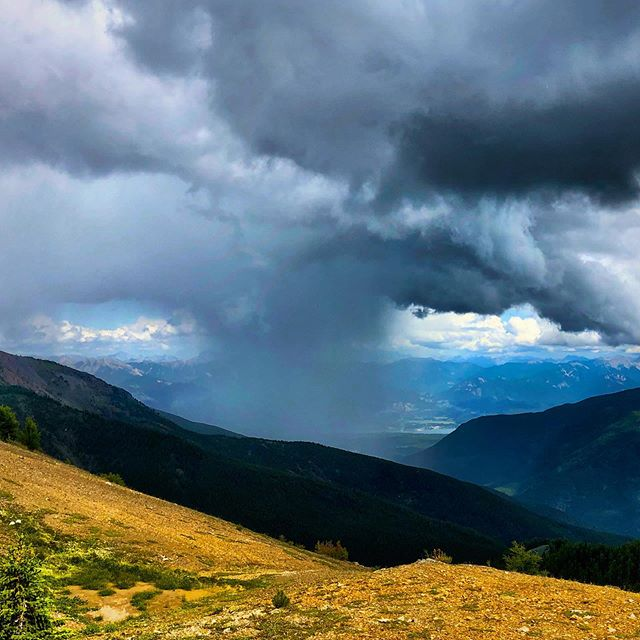 Here's a very cool sight. As we returned from a Backcountry X trip to the Bruce Valley we watched this rain storm travel across Toby Creek yesterday along with claps of thunder and then we totally dodged the rain on the way home. #tobycreekadventures