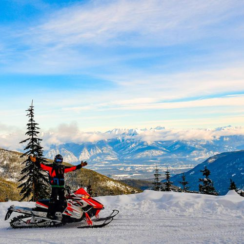 Paradise Basin Snowmobile Tour